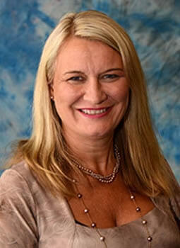 Cheryl Luczak
