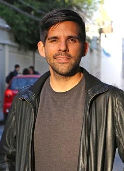 Antonio Diaz Oliva Headshot