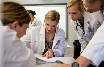 https://www.sxu.edu/_resources/images/news/2021-nursing-students.jpg