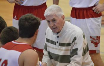 https://www.sxu.edu/news/articles/2020/2020-coach-omalley-retires.jpg